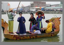 Le hoi Lim - Tien Du Nam 2012 Phan 1 Quan ho truyen thong tren thuyen