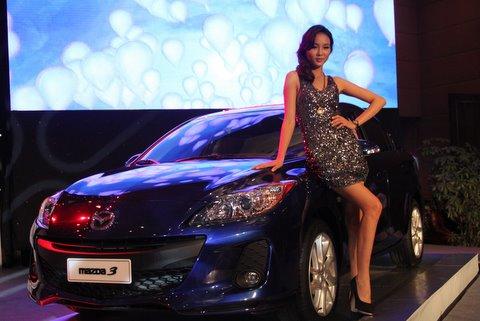 Vina Mazda gioi thieu san pham mazda moi 2012
