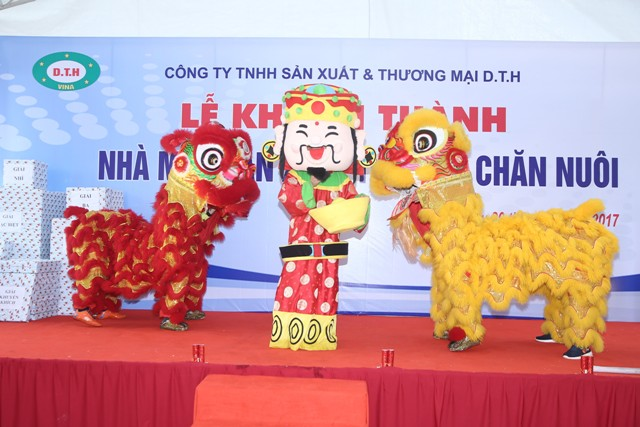 Le khanh thanh Nha may san xuat thuc an chan nuoi DTH